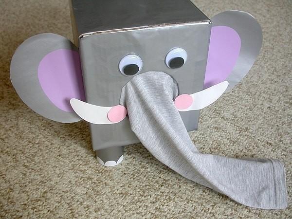 Сенсорный слоник детскими руками