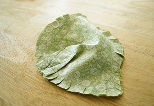Два варианта ёжиков из ткани