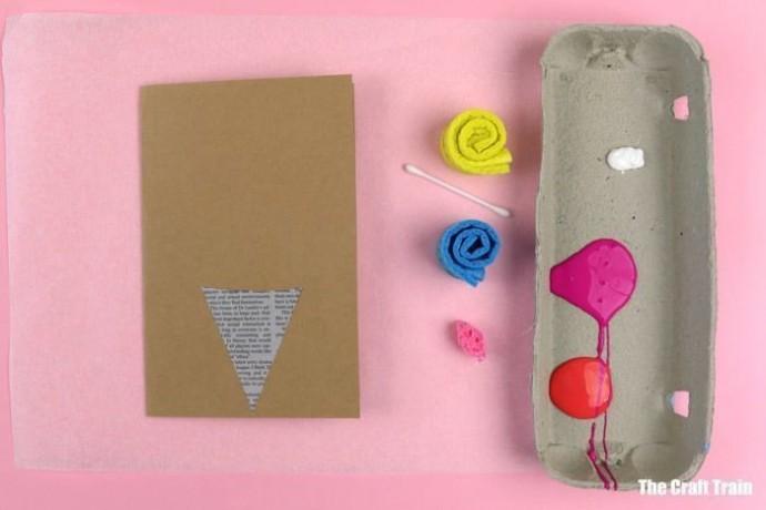 Идея простейшей открытки с розочками-отпечатками