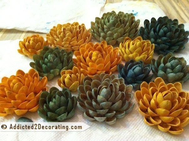 Цветочки из фисташек