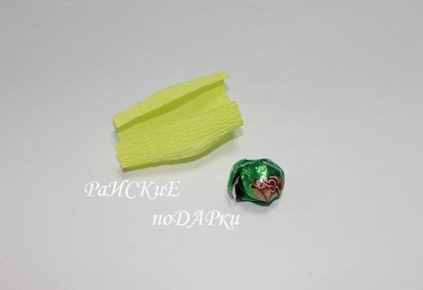 Букет подснежников из бумаги и конфет 2