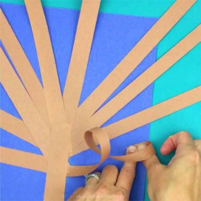 Объёмное дерево из цветной бумаги
