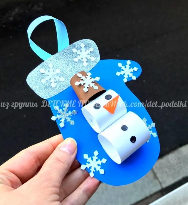 Рукавичка со снеговиком