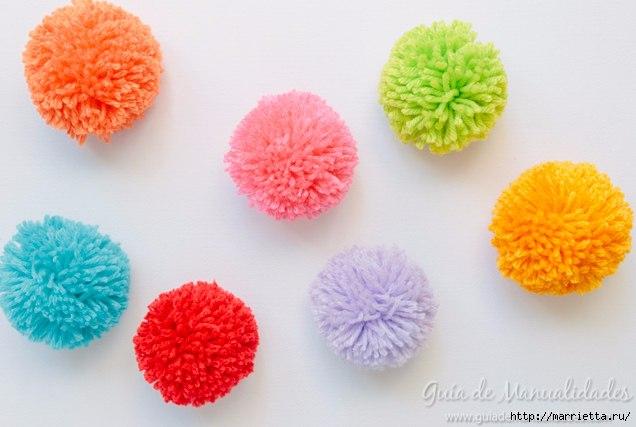 Елочные игрушки из помпонов своими руками