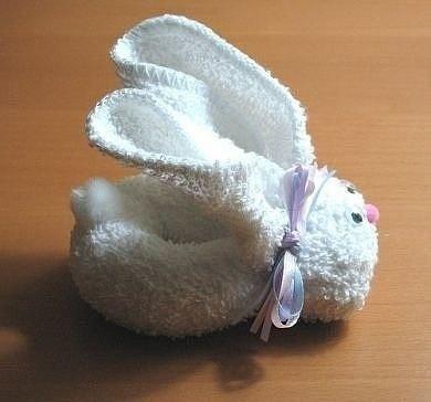 Делаем кролика из полотенца