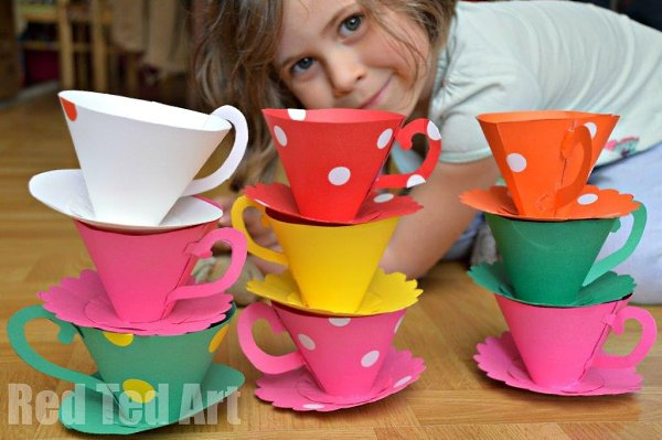 Бумажные чашечки