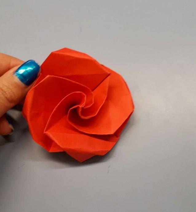 Чудесный цветок оригами 21