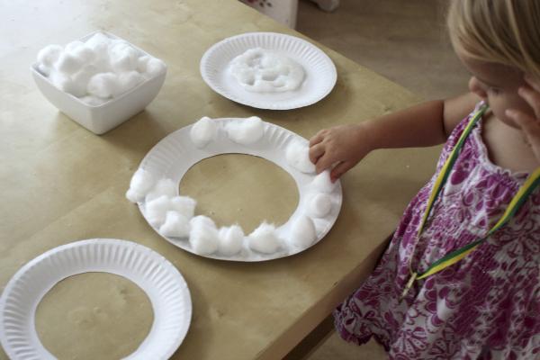Как ребенку самому себе сделать маску овечки 2