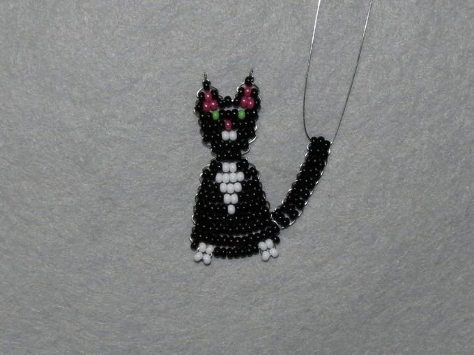 Кот из бисера