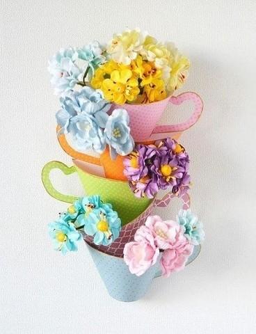 Набор чашек с цветами