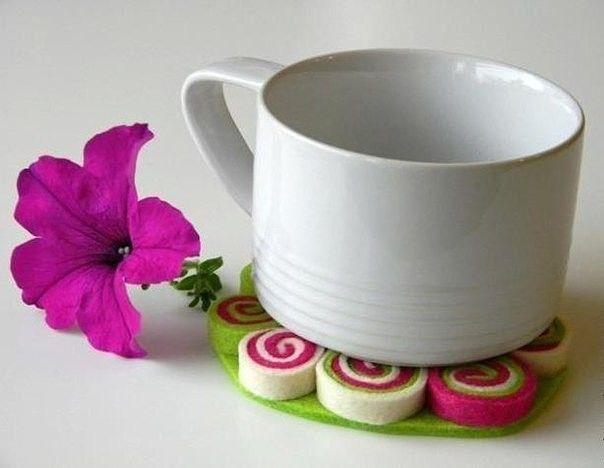 Оригинальные подставки под кружки или горячее тарелки из фетра