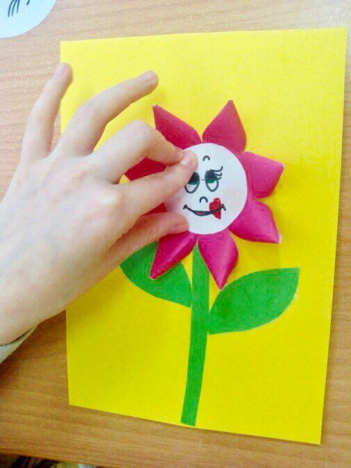 """Поделка """"Цветы в вазе"""""""