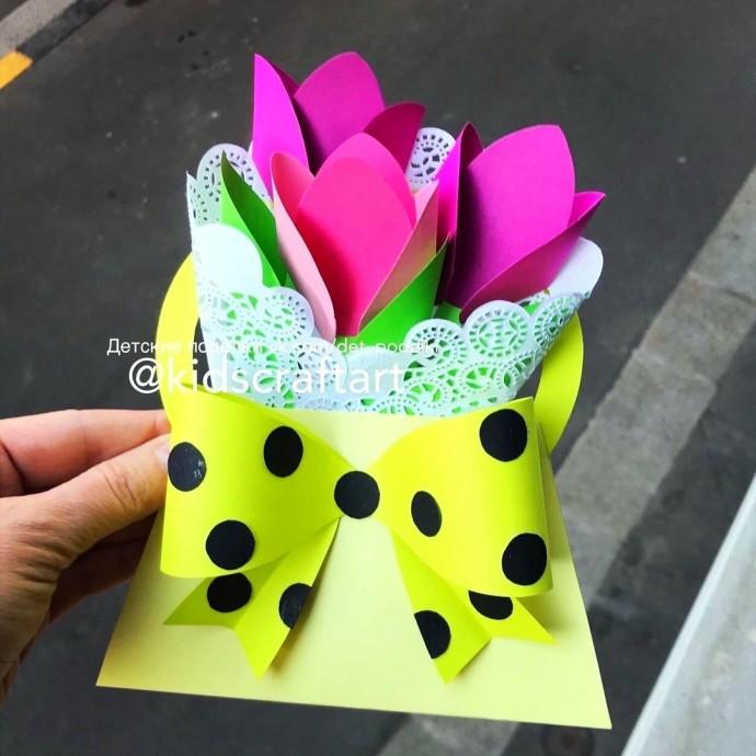 Сумочка с тюльпанами