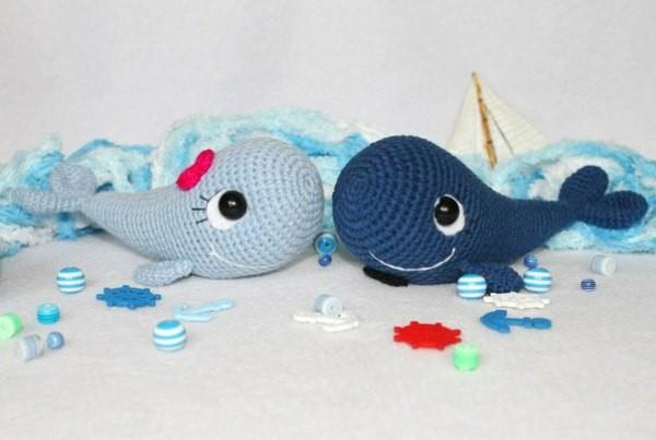 Вязаные киты