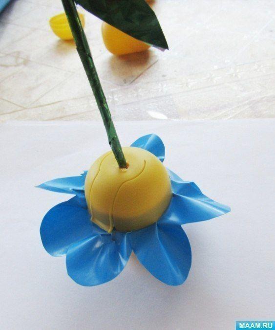 Цветочки из яиц от киндер-сюрпризов 6