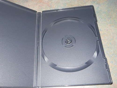 Коробка для карандашей из упаковки для дисков
