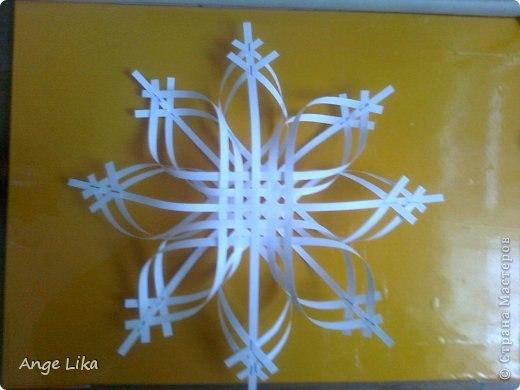 Объемная воздушная снежинка 6