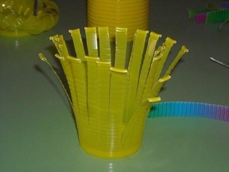 Красивые корзинки из пластиковых стаканчиков