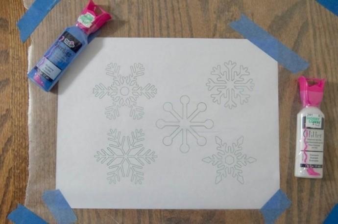 Снежинки своими руками из витражных красок 4