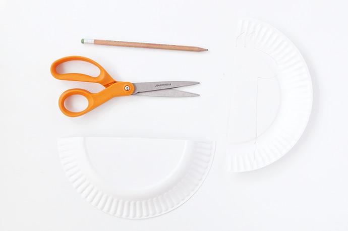 Делаем ламу из одноразовой тарелки 2