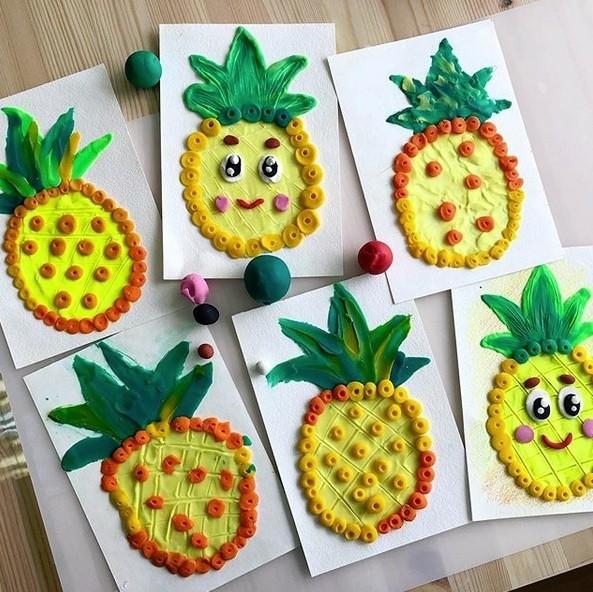 Фрукты на бумаге: рисунки из пластилина