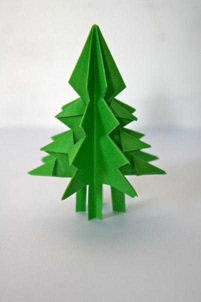 Бумажная елочка-оригами 7
