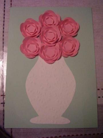 Прекрасная ваза с цветами