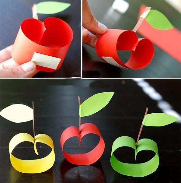 Яблочки из цветной бумаги