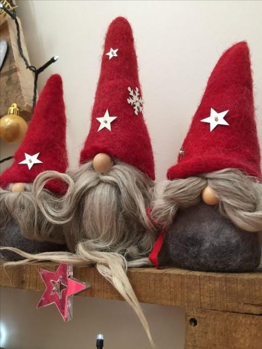 Новогодние сказочные гномики