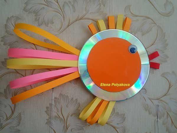 Как можно использовать диски в поделках с детьми