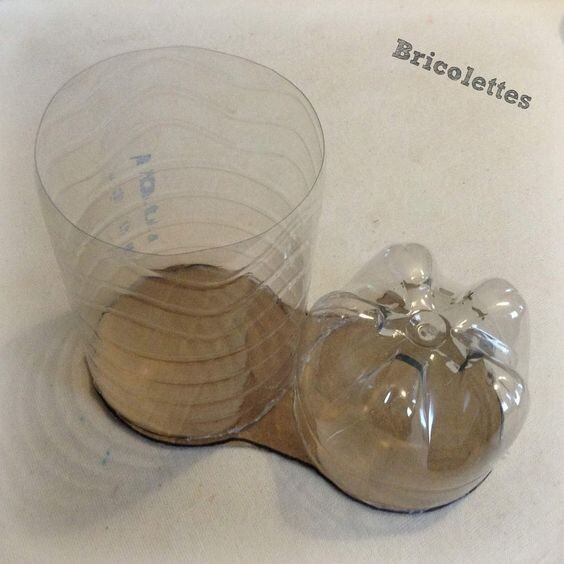 Праздничные башмачки из пластиковой бутылки