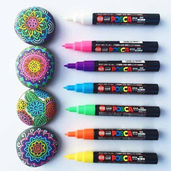 Идеи красочной росписи камней с детьми 7