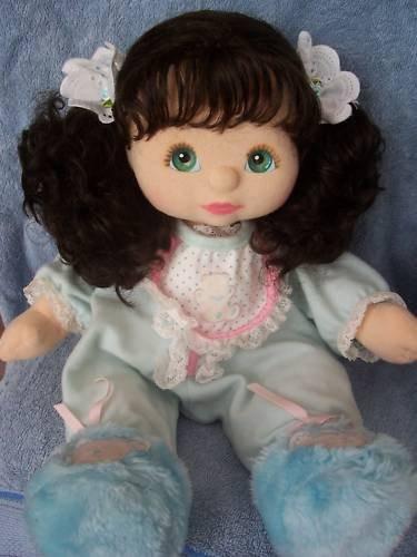 Пухлая кукла