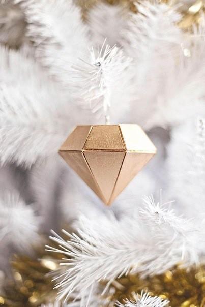 Алмазная коробочка для маленького подарка лучшему другу