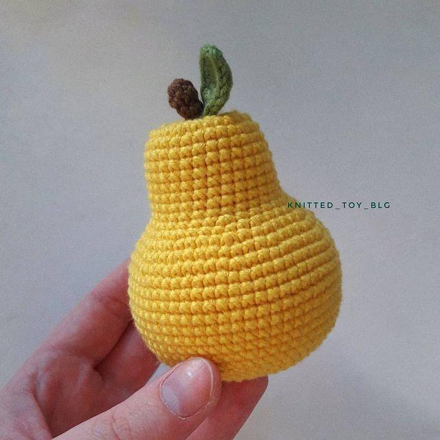 Вяжем спелую грушу