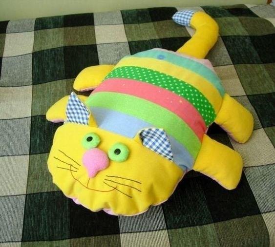 Милые подушечки-котики