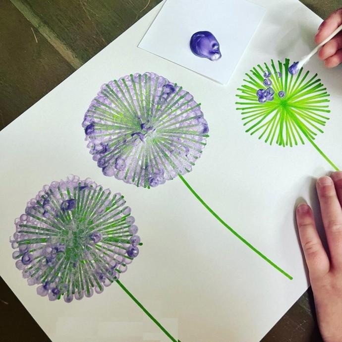 Создаем произведения искусства ватными палочками