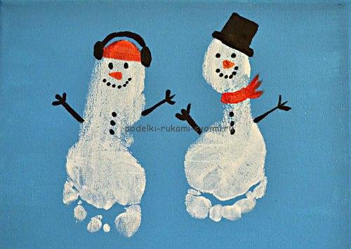 Новогодние картины из отпечатков ладоней и ступней 0